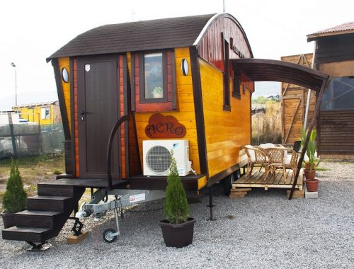 aero-camphouse-tiny-house-bulgaria-14