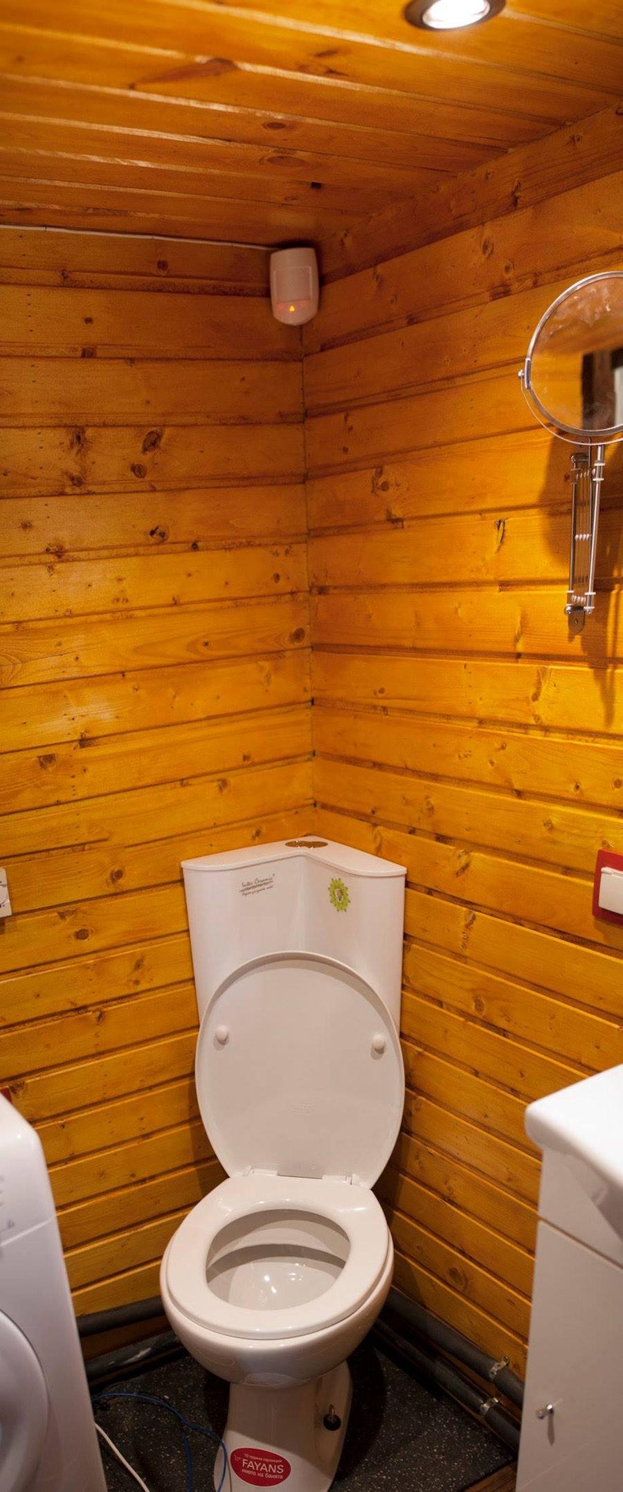 aero-camphouse-tiny-house-bulgaria-8
