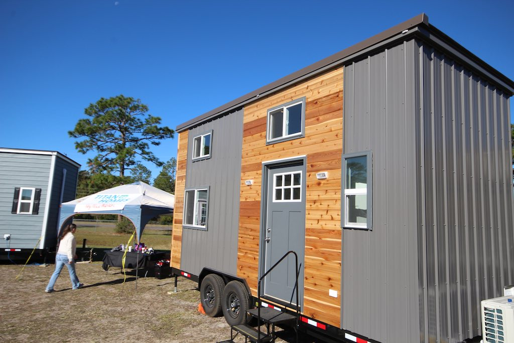 gideons-titan-tiny-homes-18