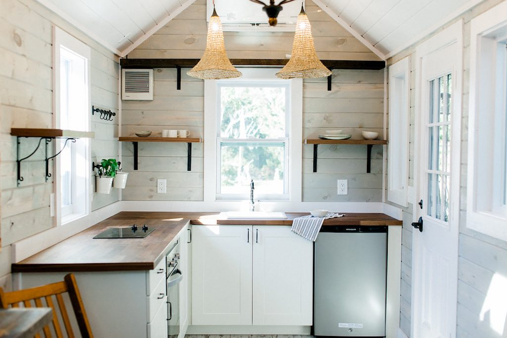 sanctuary-tiny-homes-4