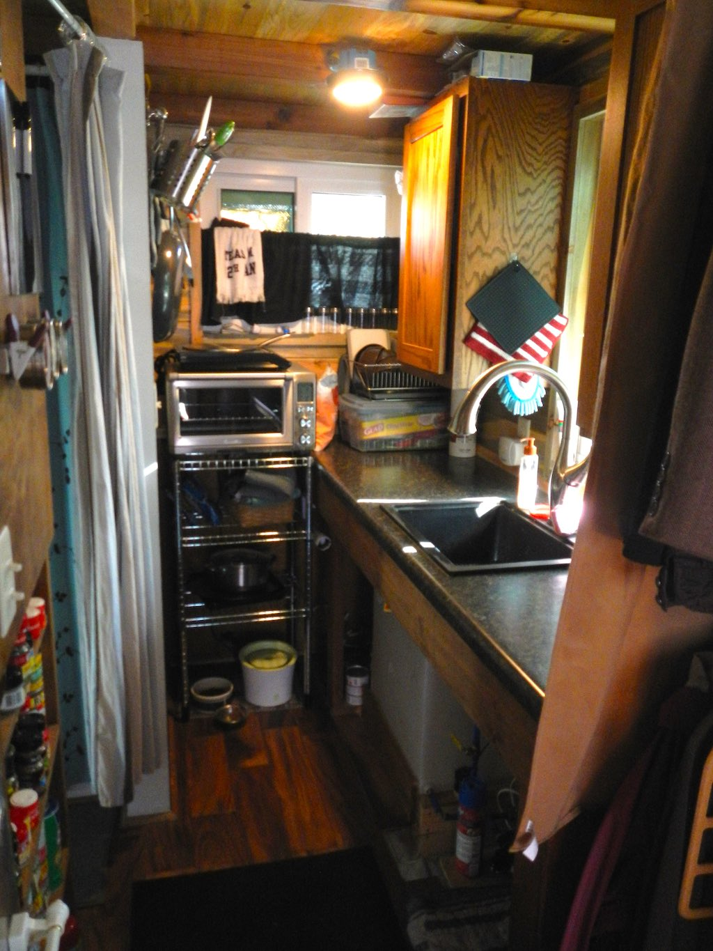 stephanis-tiny-house-college-student-2
