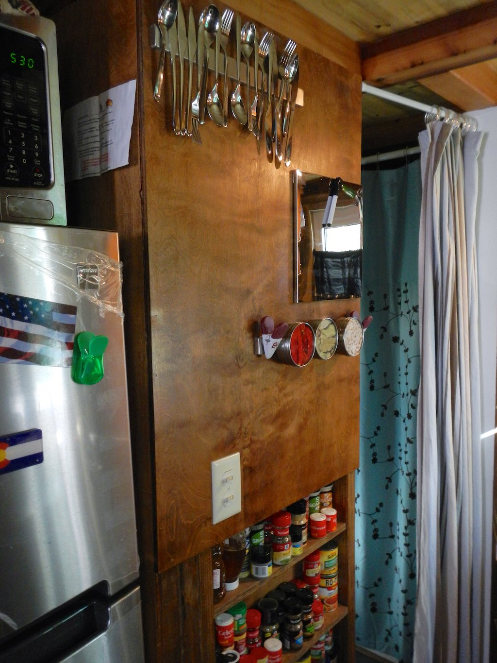 stephanis-tiny-house-college-student-3