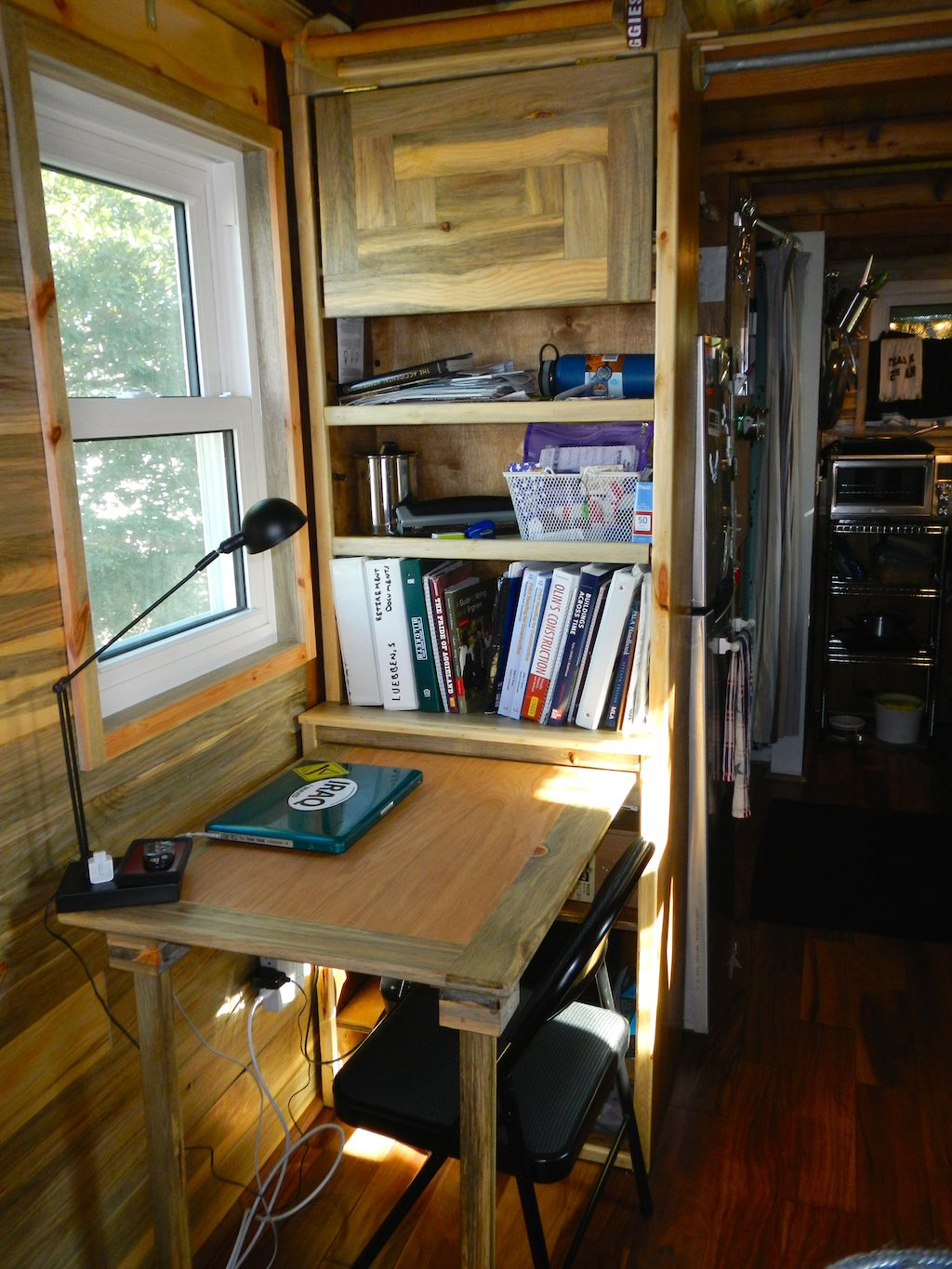 stephanis-tiny-house-college-student-5