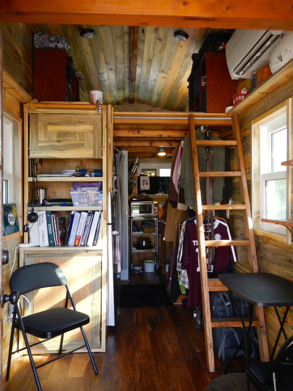 stephanis-tiny-house-college-student-6