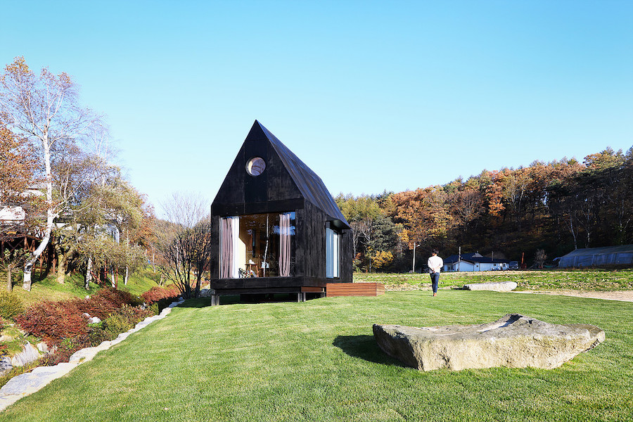 the-plus-partners-tiny-house-slow-town-1