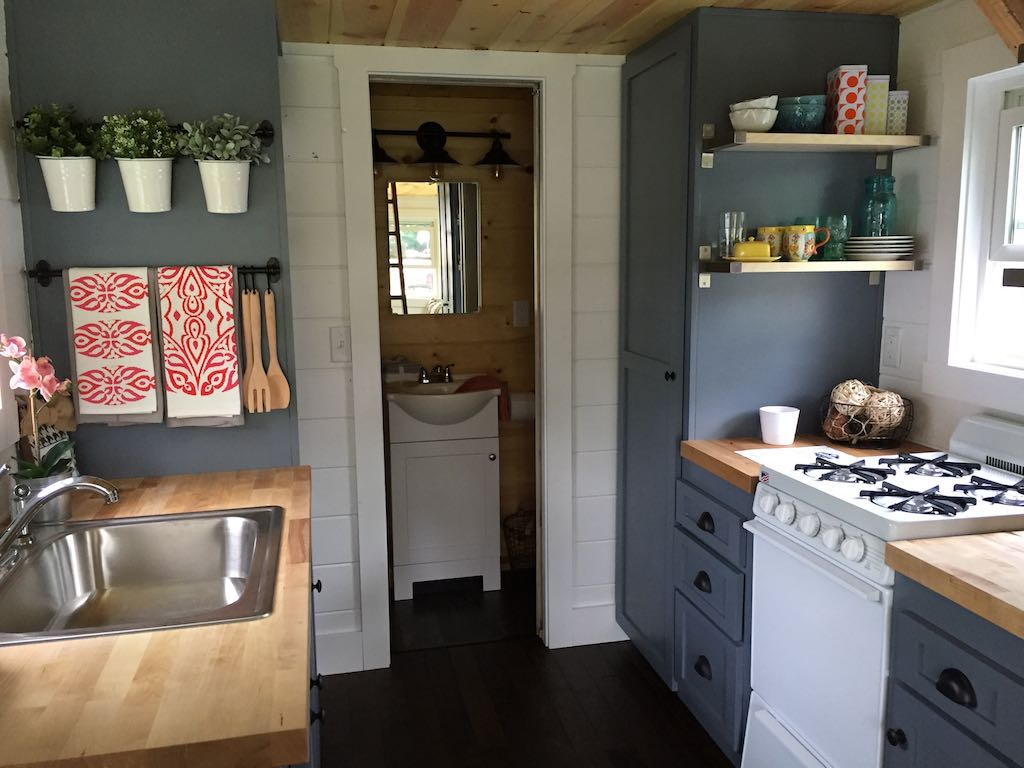 wanigan-burrow-tiny-homes-4