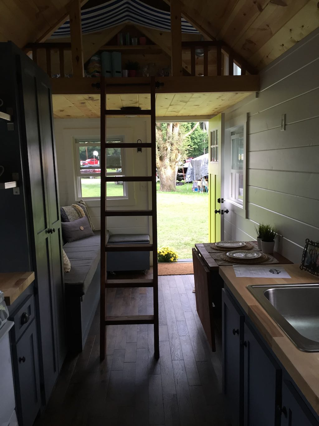 wanigan-burrow-tiny-homes-9
