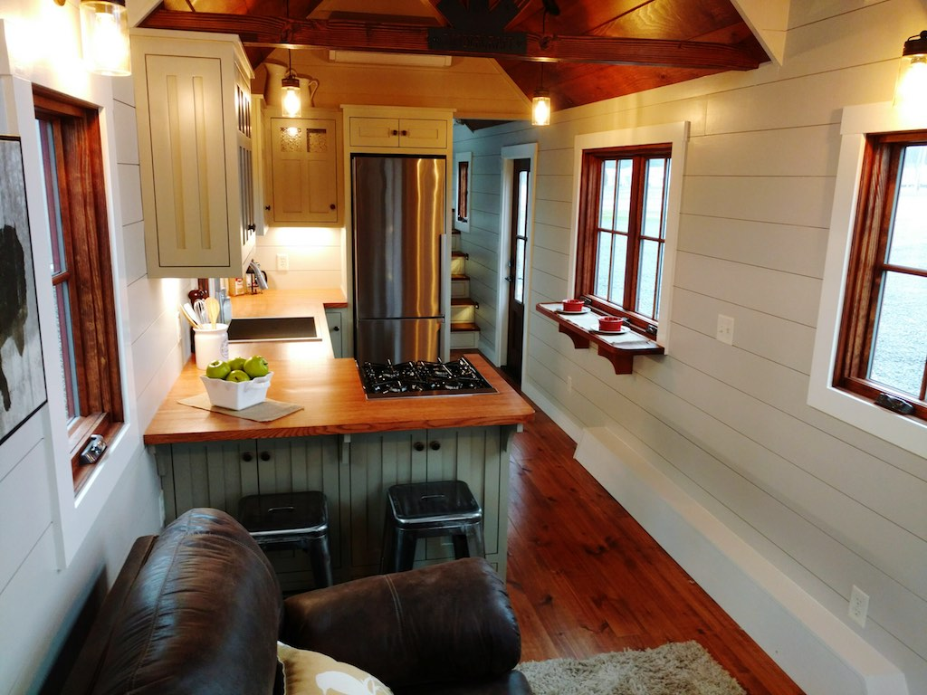farmhouse-luxury-gooseneck-tiny-house-3