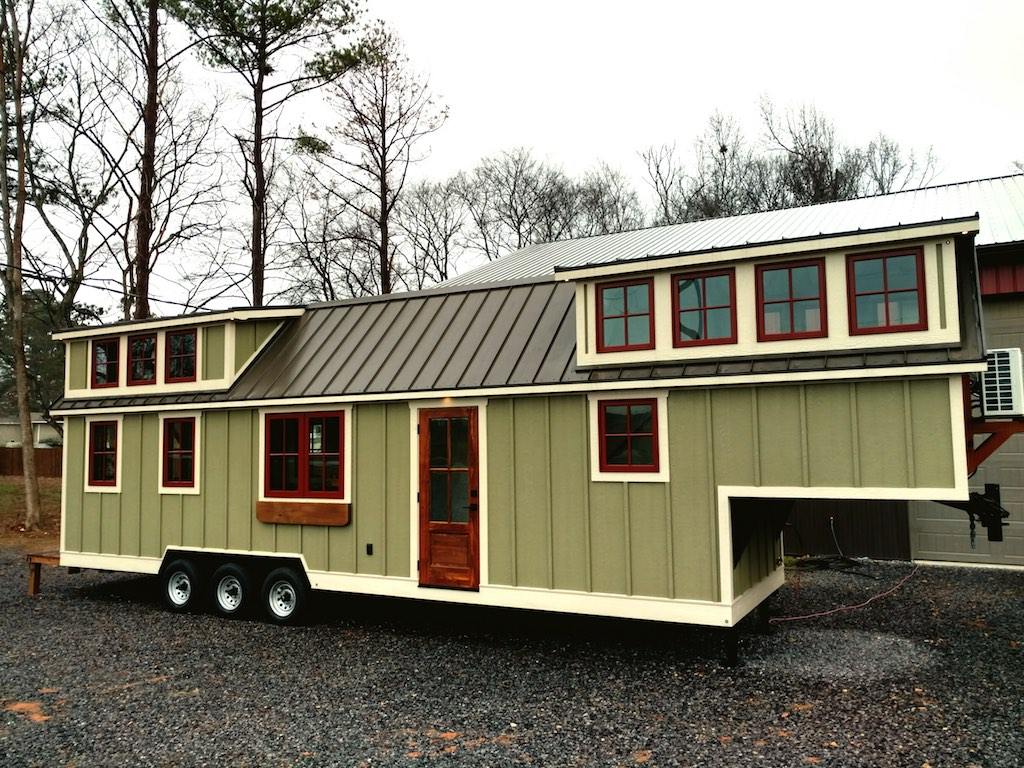 Farmhouse Luxury Gooseneck Tiny House 7
