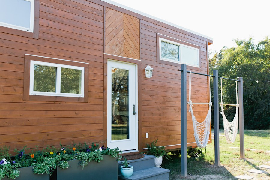 golden-american-tiny-house-22