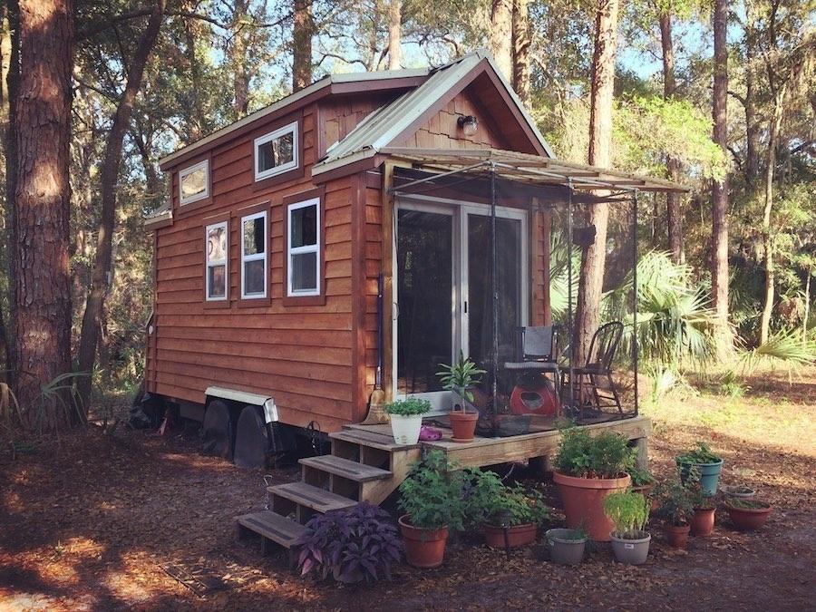 santuary-tiny-house-florida-1