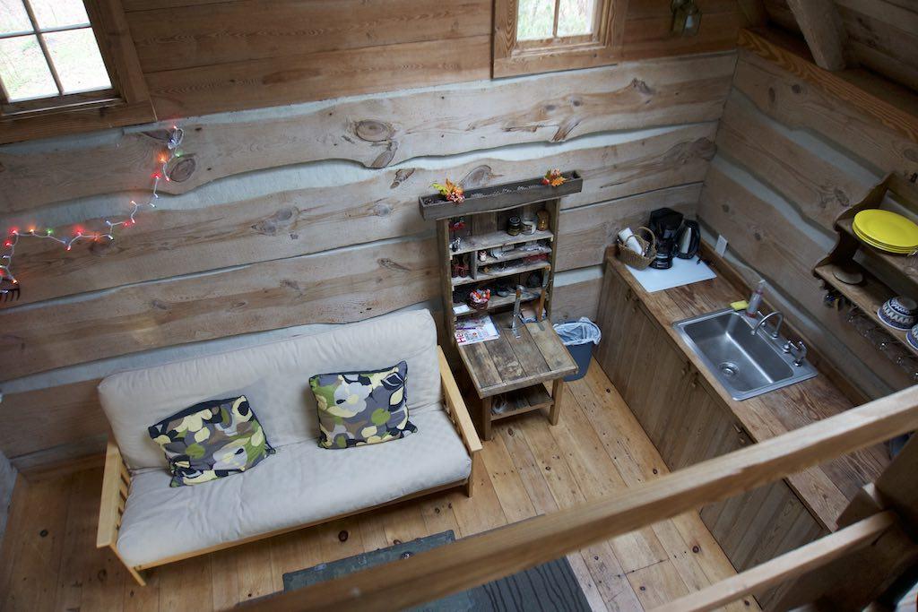tiny-cabin-10
