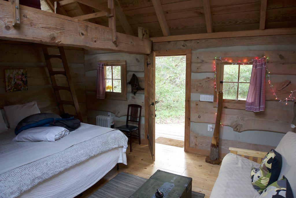 tiny-cabin-16