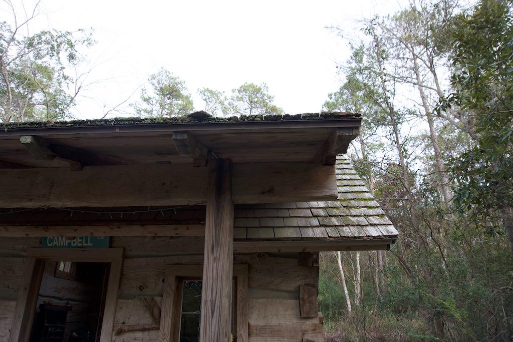 tiny-cabin-25