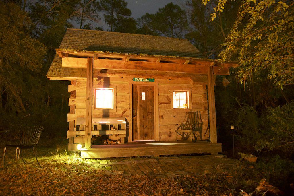 tiny-cabin-27