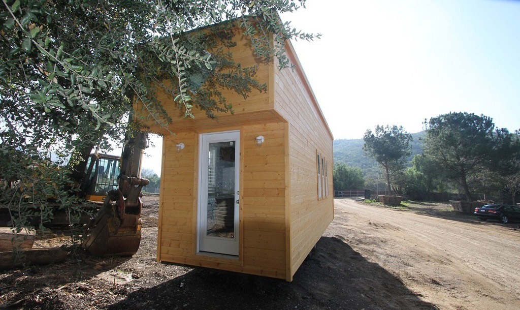 tiny-house-caravan-12