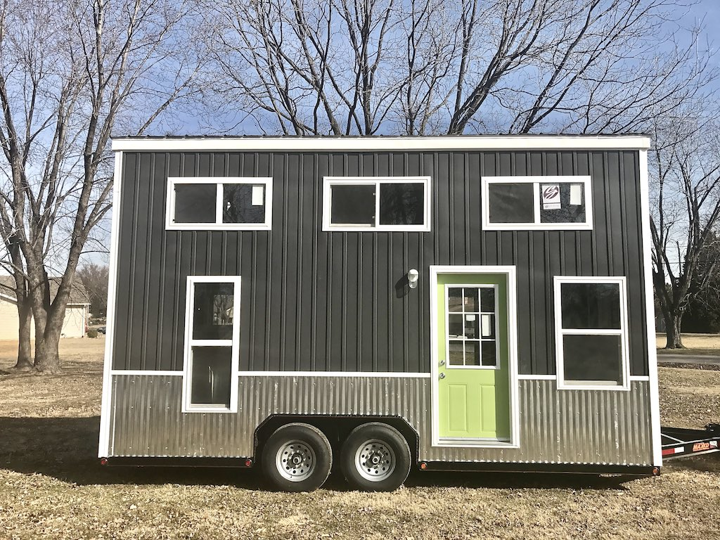 chic-shack-lime-green-mini-mansions-tiny-homes-17