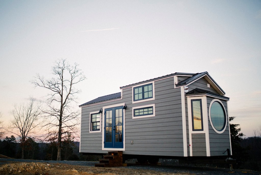 the-monocle-wind-river-tiny-homes-1