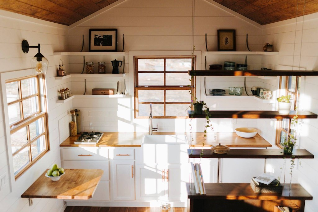 the-monocle-wind-river-tiny-homes-2