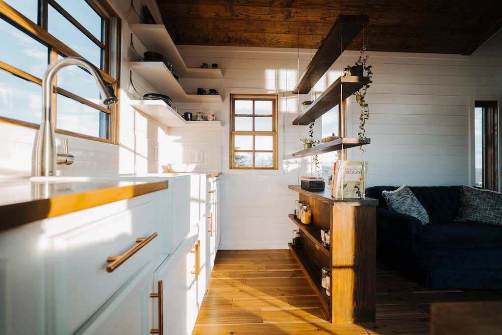 the-monocle-wind-river-tiny-homes-9