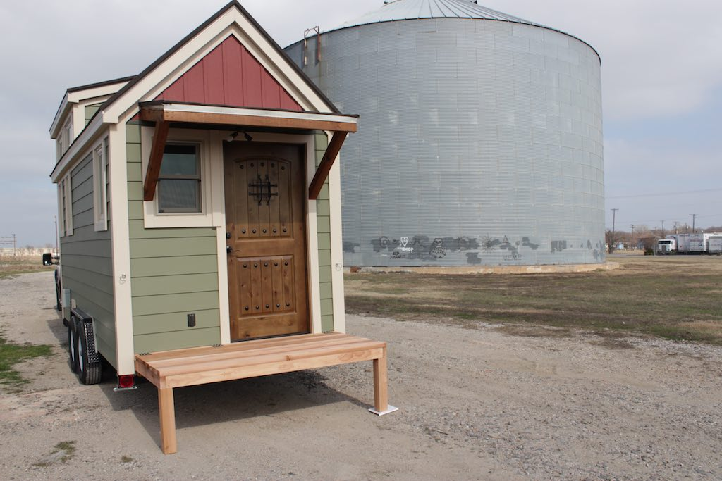 the-stopover-tiny-house-dallas-texas-11