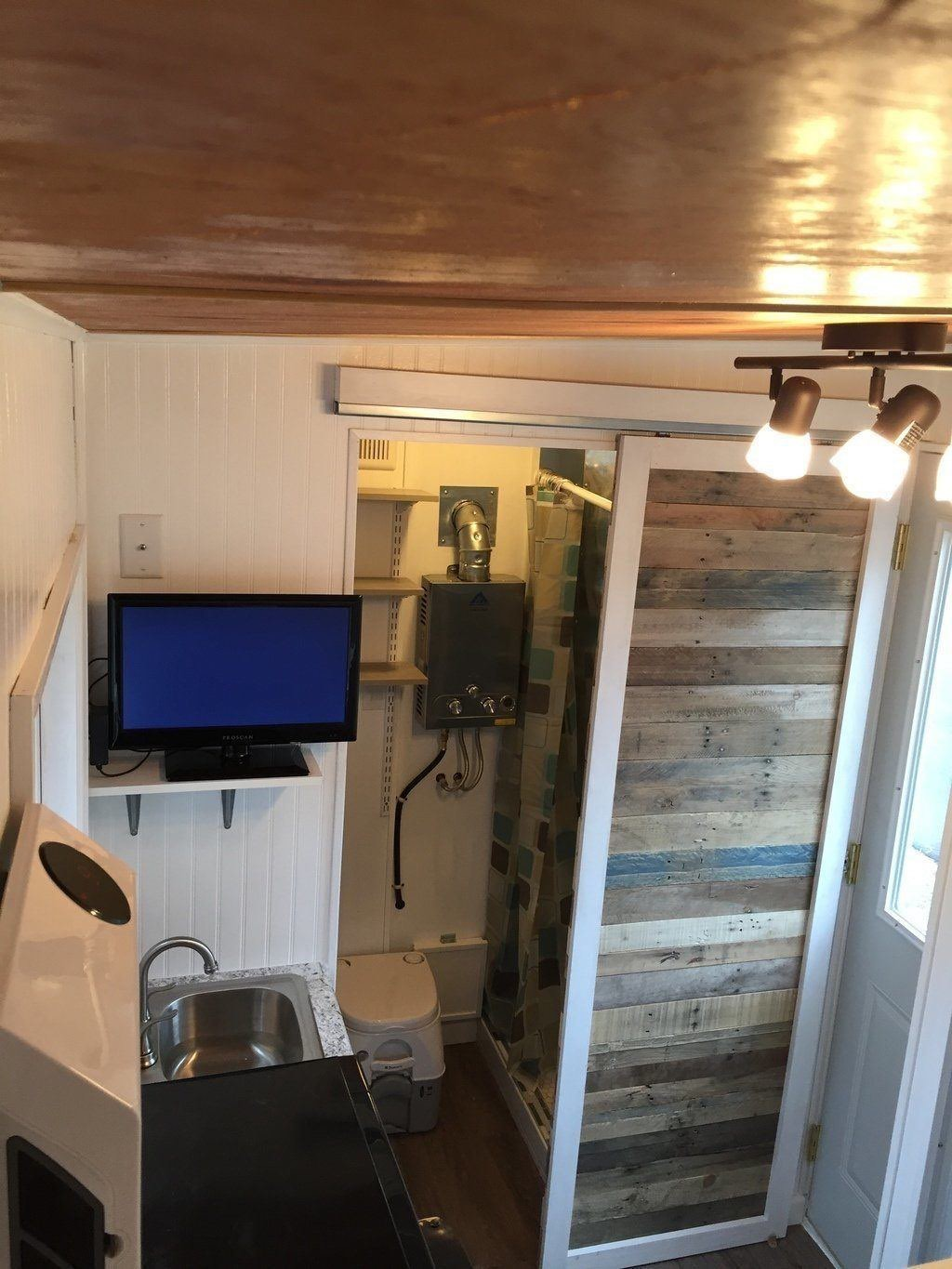 92-square-feet-tiny-house-16