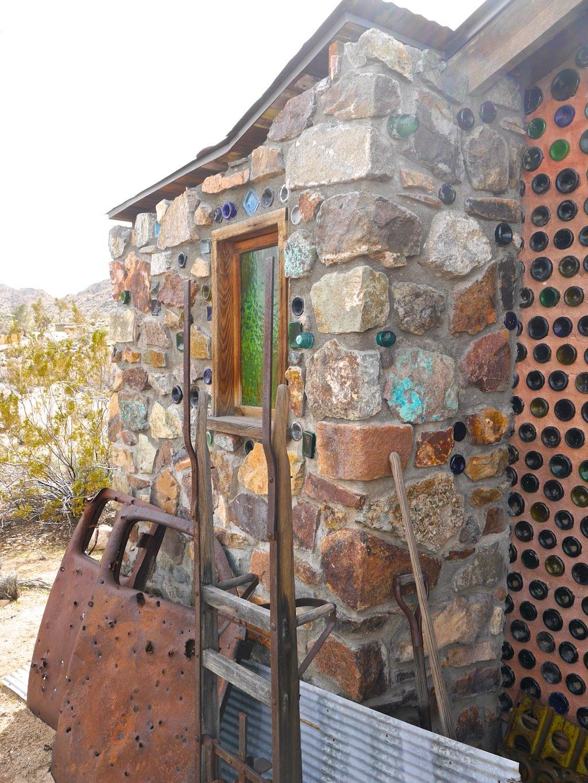 wine-bottle-house-7