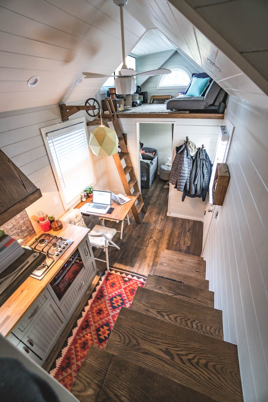 little-bitty-tiny-house-5
