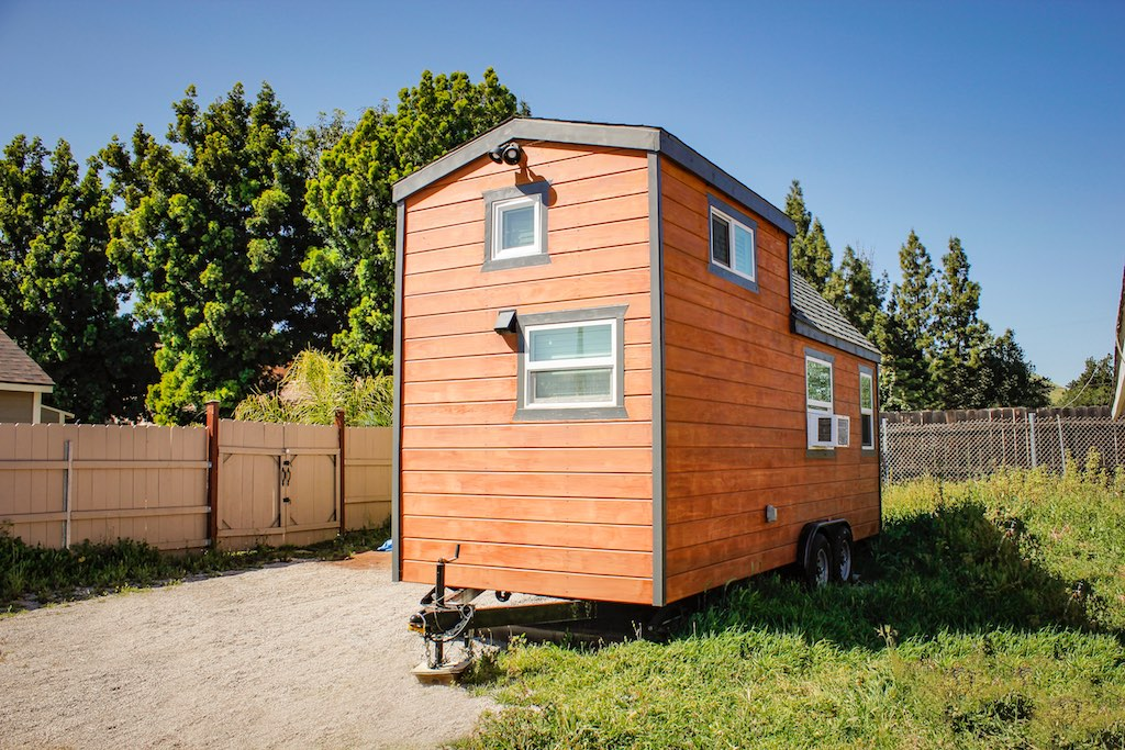 redwood-tiny-house-1