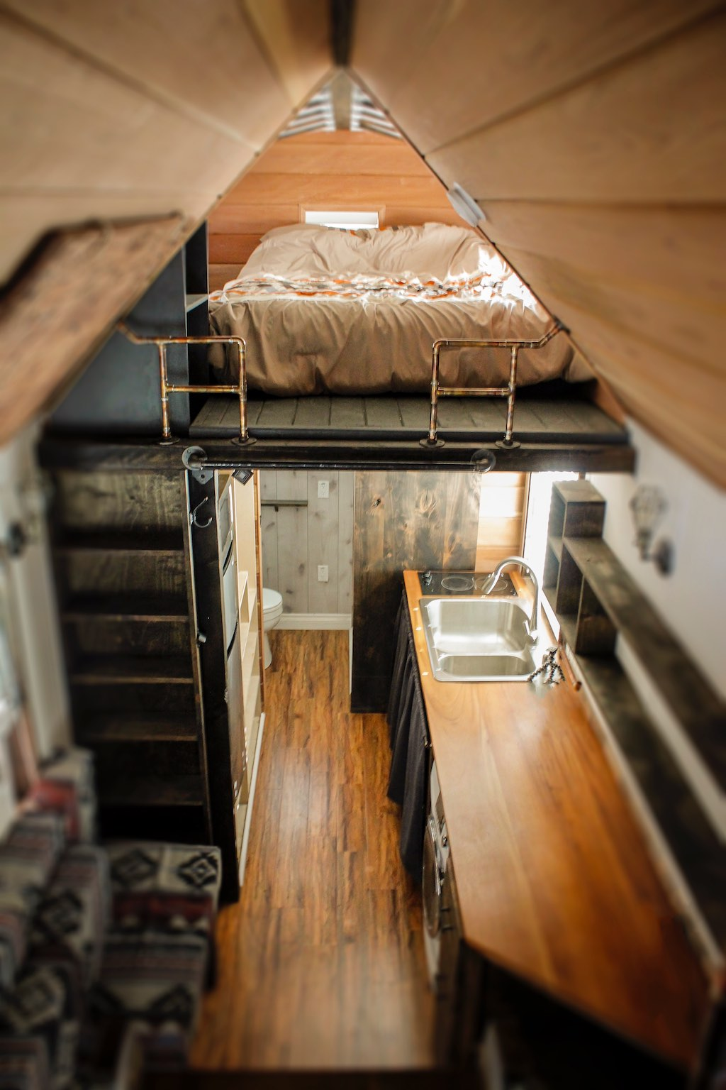 redwood-tiny-house-10