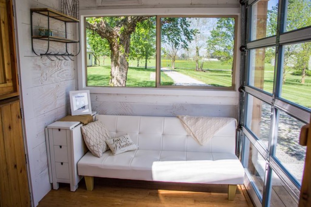 zionsville-tiny-house-7