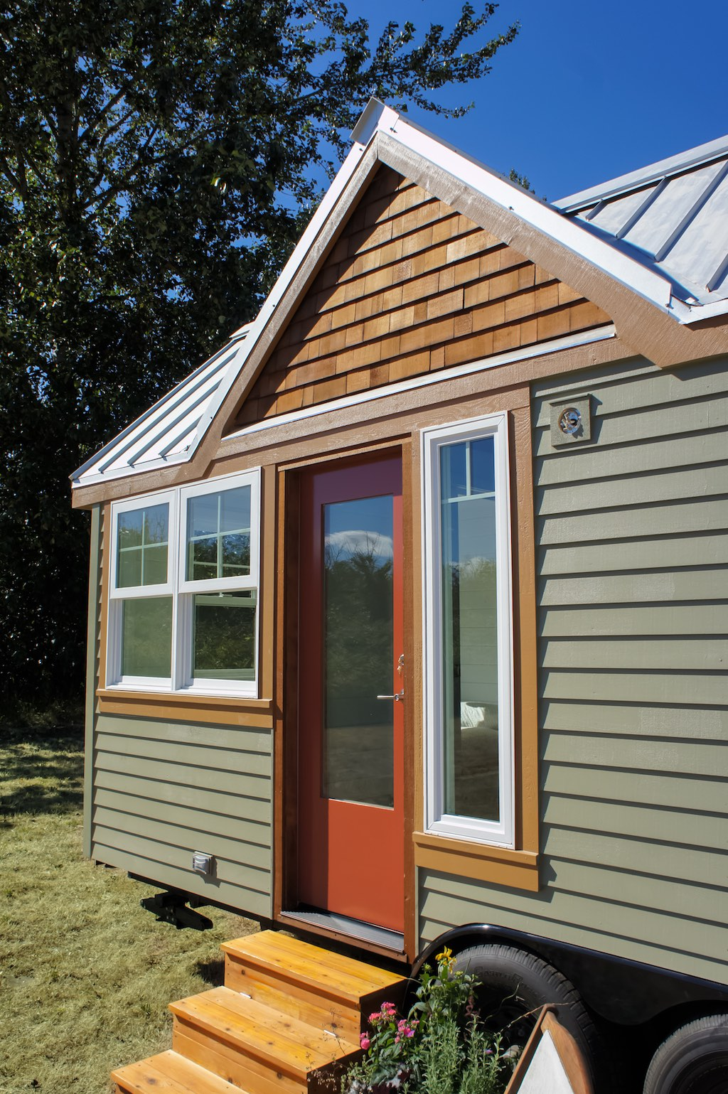 Tess the payette tiny house swoon for Tiny house with main floor bedroom