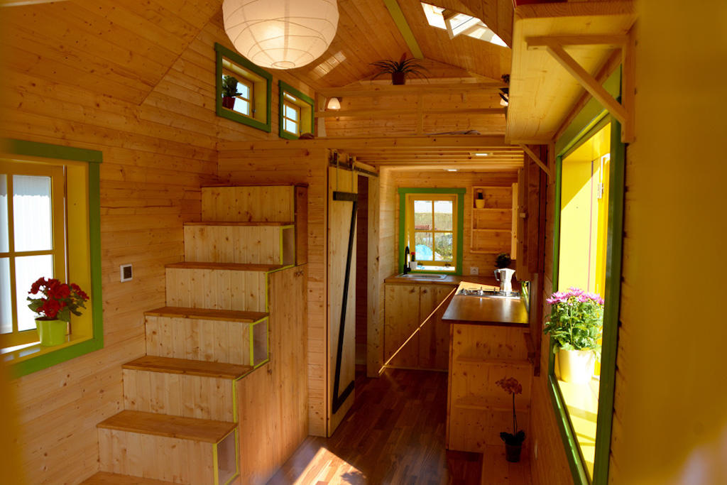 Bumblebee tiny house swoon for Small house design germany