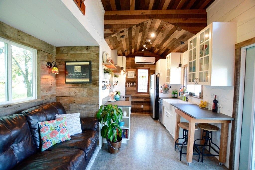 Tiny Home Designs: The Vintage Retreat