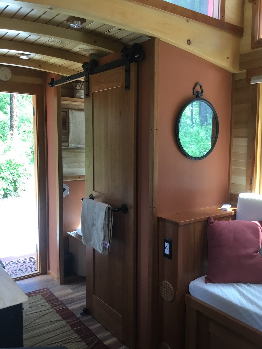 The Loose Caboose - Tiny House Swoon